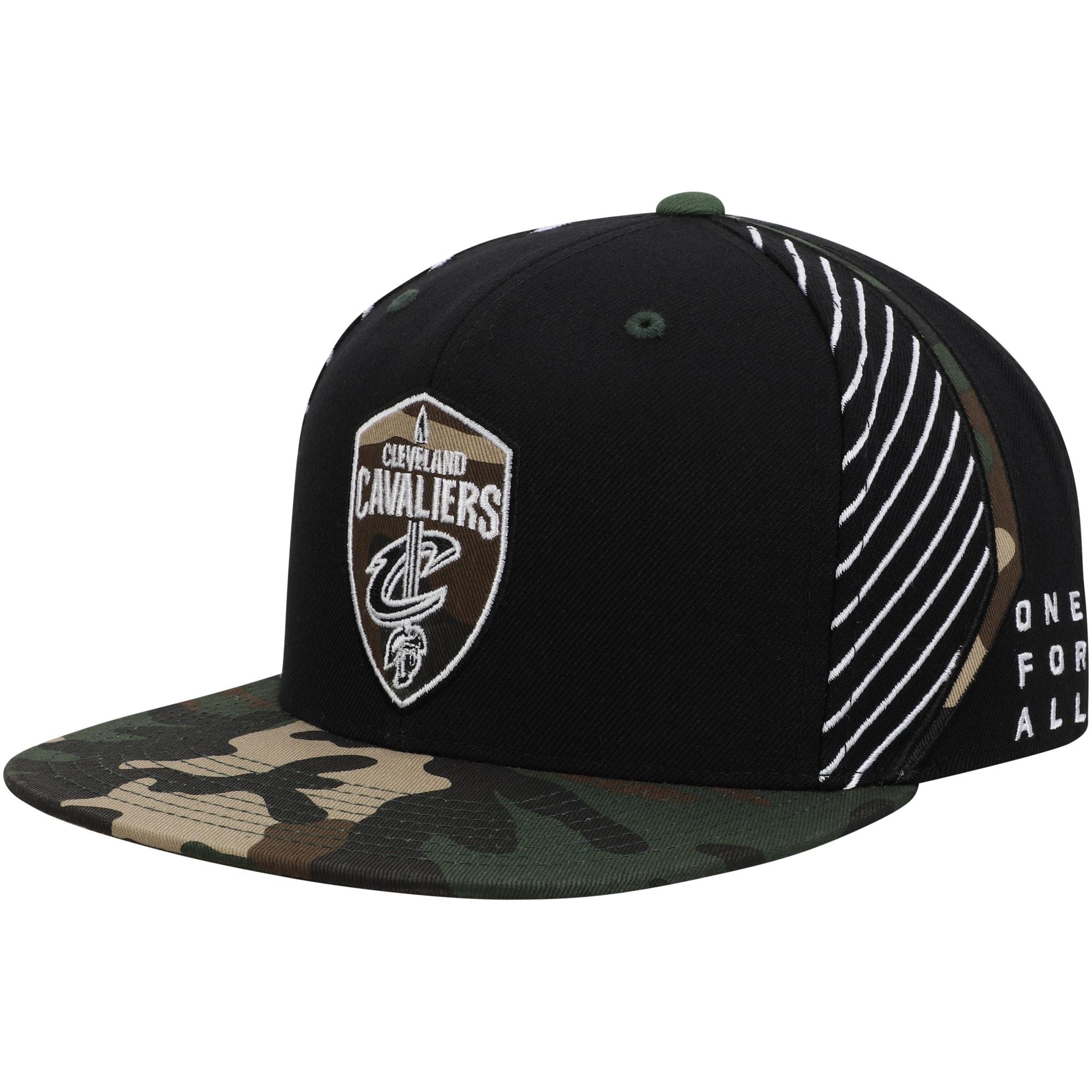 Cleveland Cavaliers Mitchell & Ness Straight Camo Snapback Hat - Black