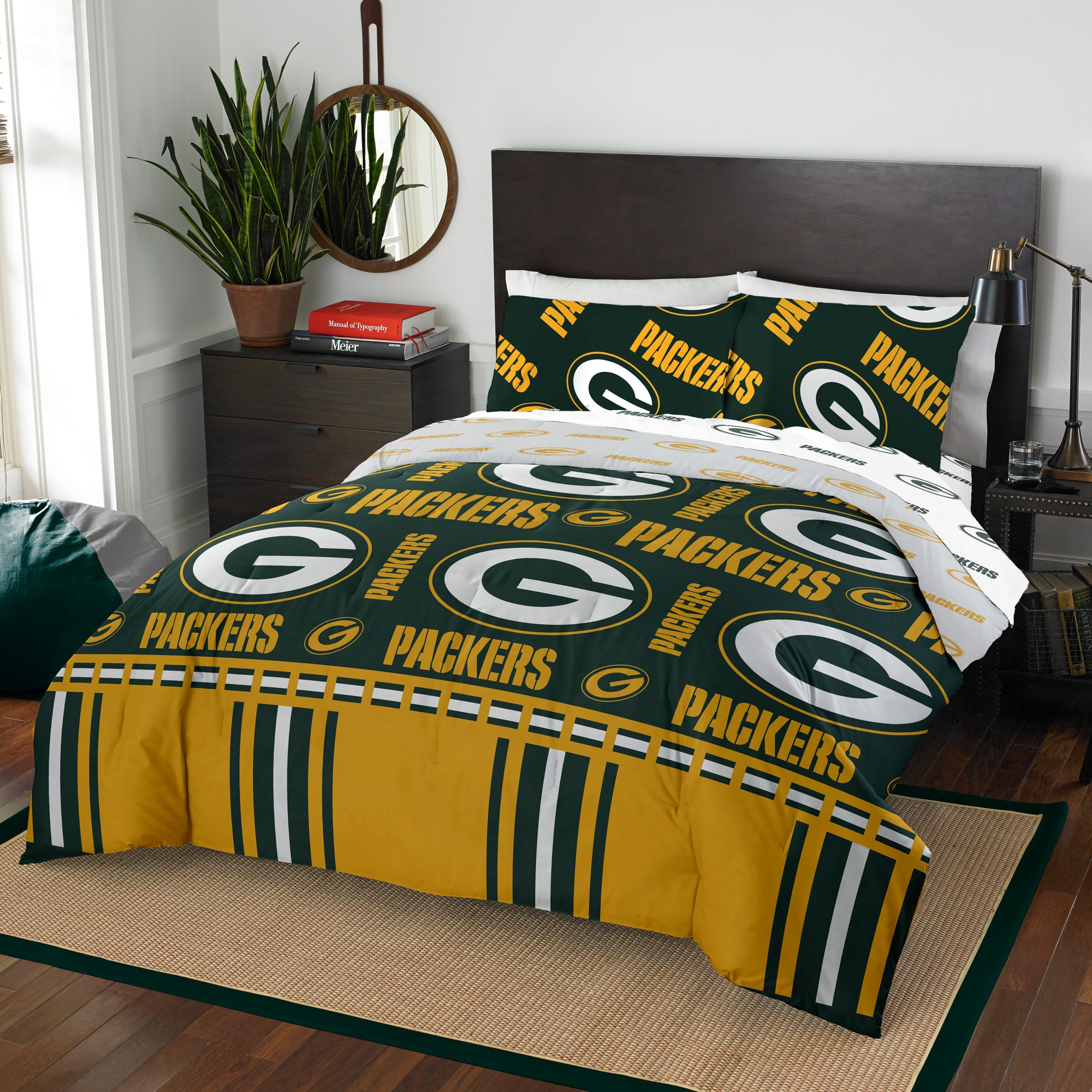 Green Bay Packers The Northwest Company 5-Piece Queen Bed in a Bag Set