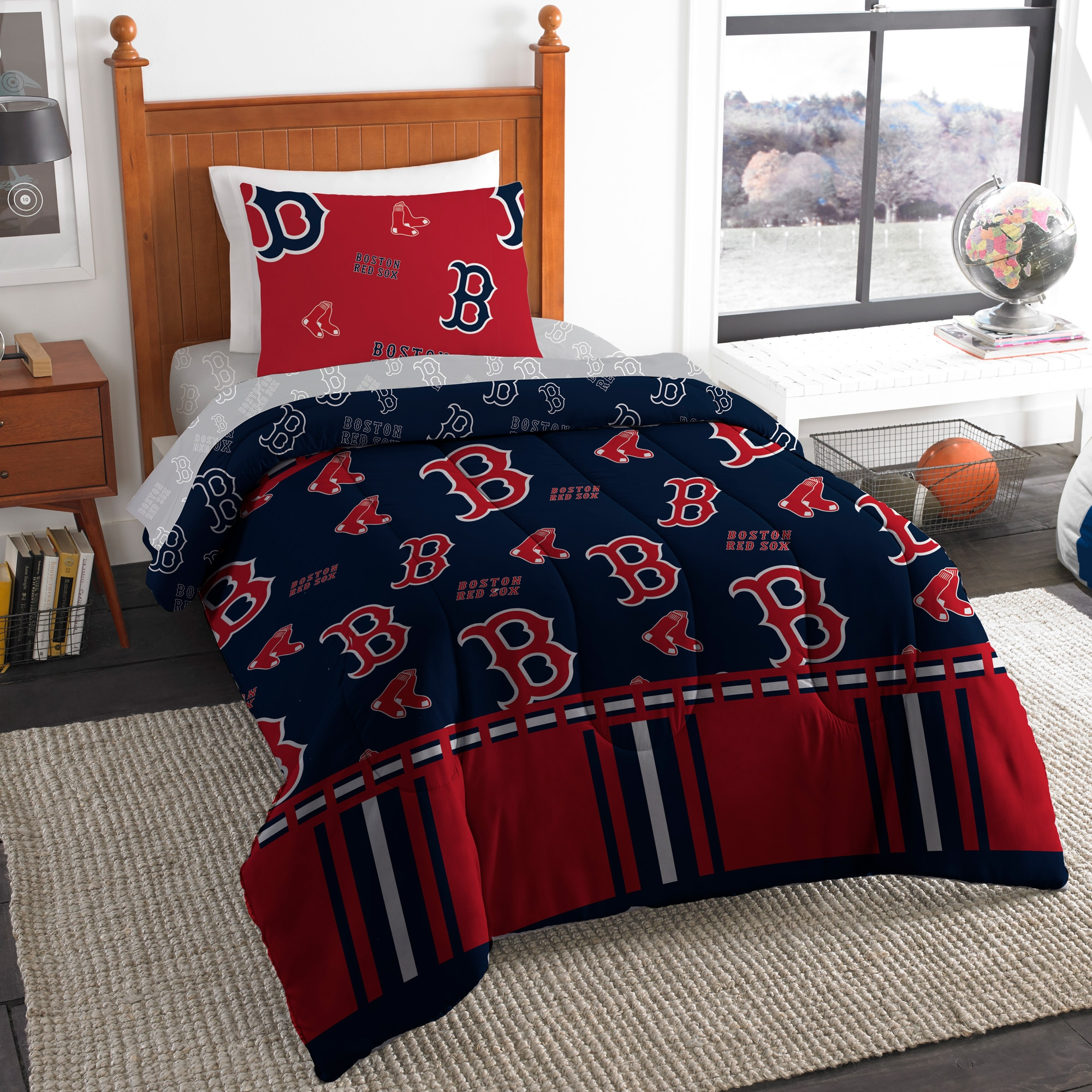 Boston Red Sox The Northwest Company 4-Piece Twin Bed in a Bag Set
