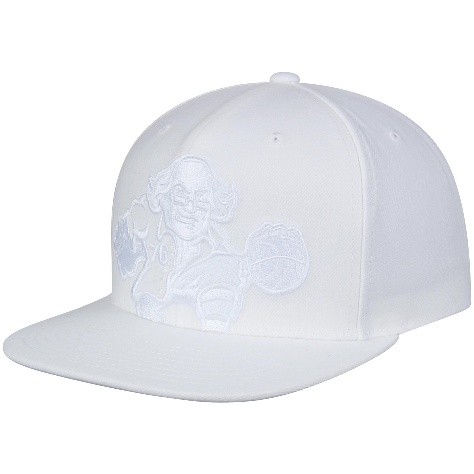Philadelphia 76ers Mitchell & Ness Cropped XL Logo Snapback Adjustable Hat - White