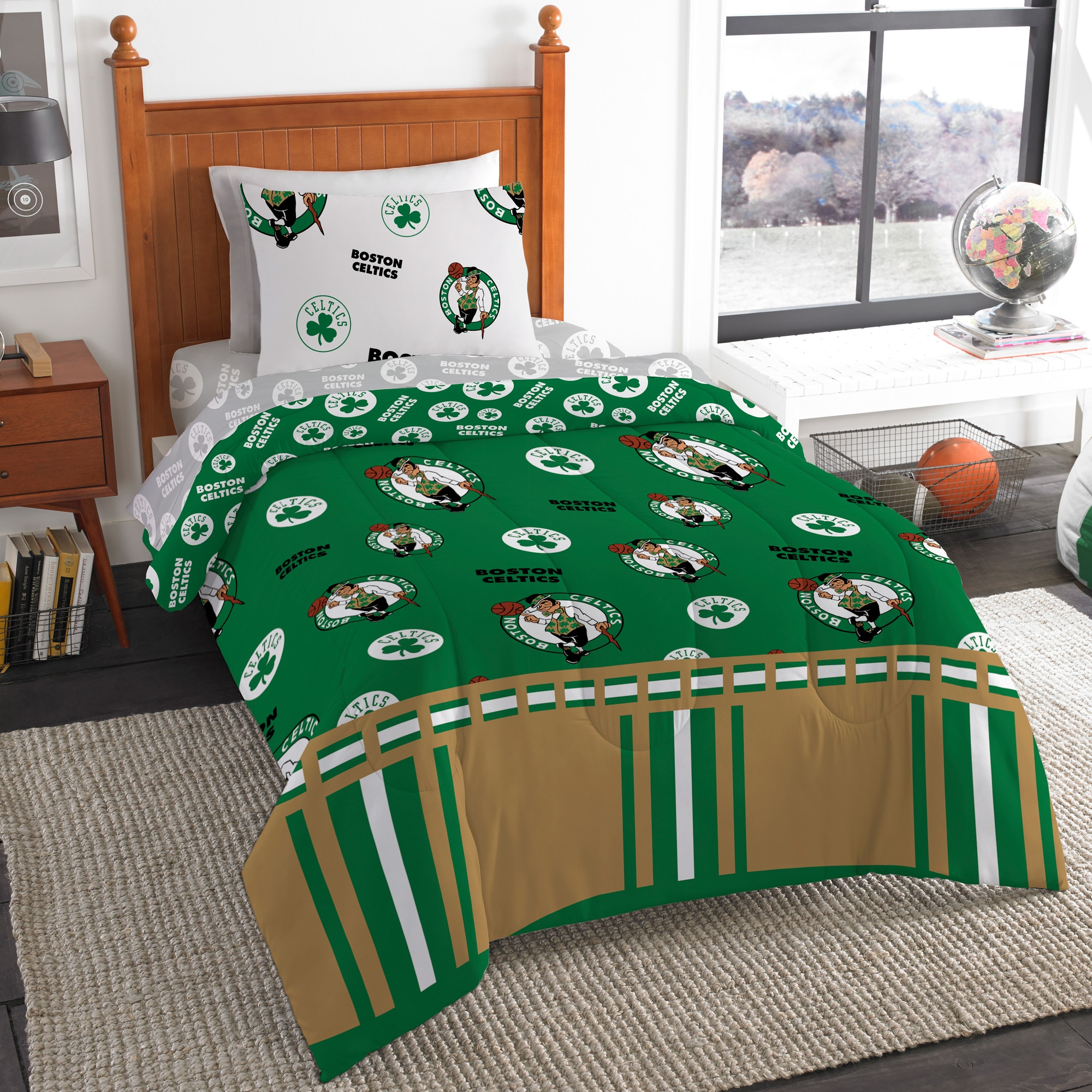 Boston Celtics The Northwest Company 4-Piece Twin Bed in a Bag Set