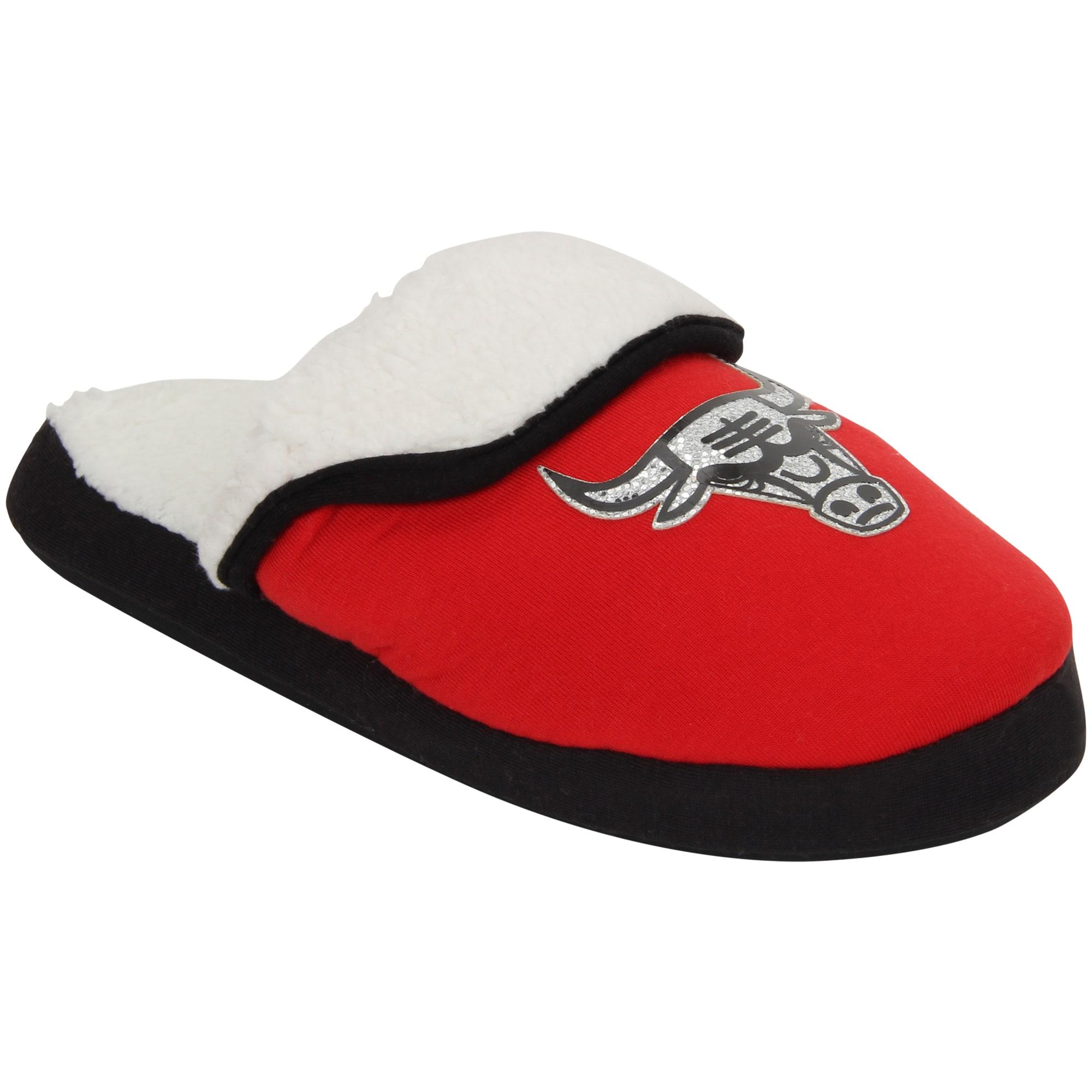 Chicago Bulls Women's Glitter Patch Slippers