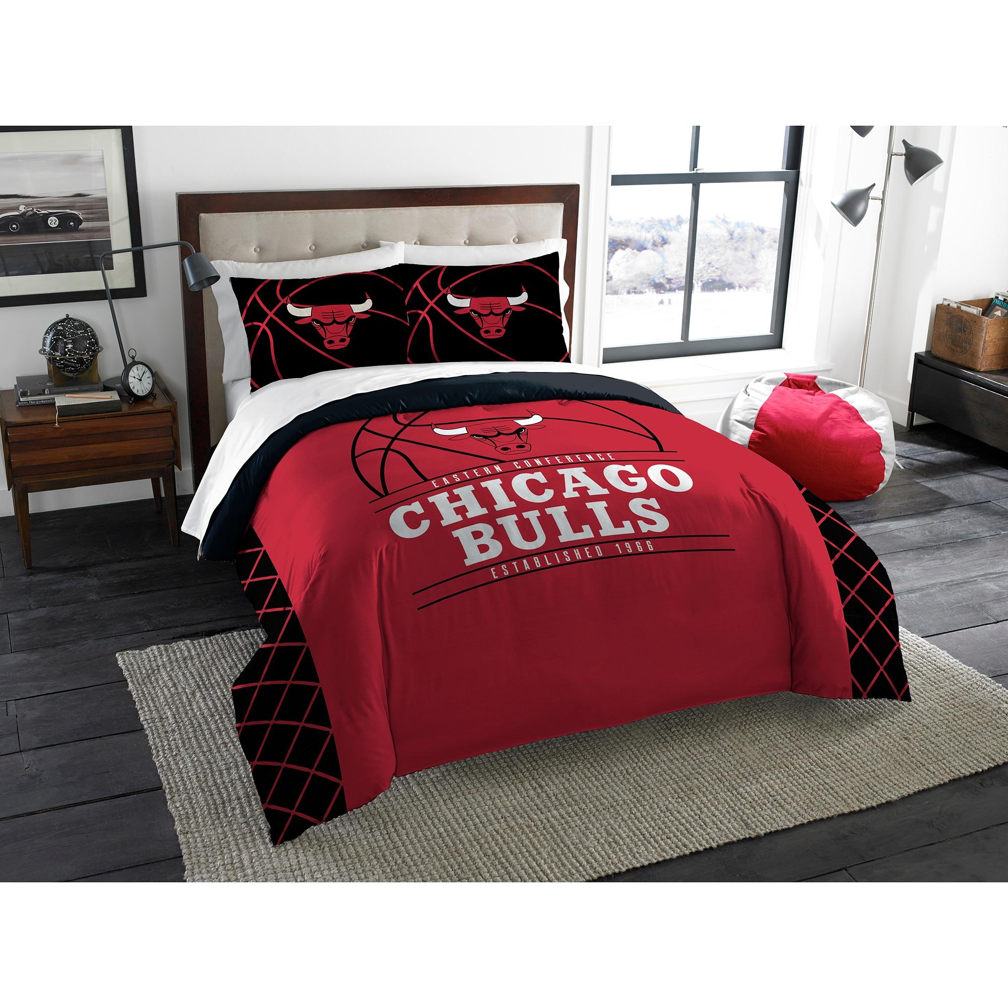 Chicago Bulls The Northwest Company Reverse Slam Full/Queen Comforter Set