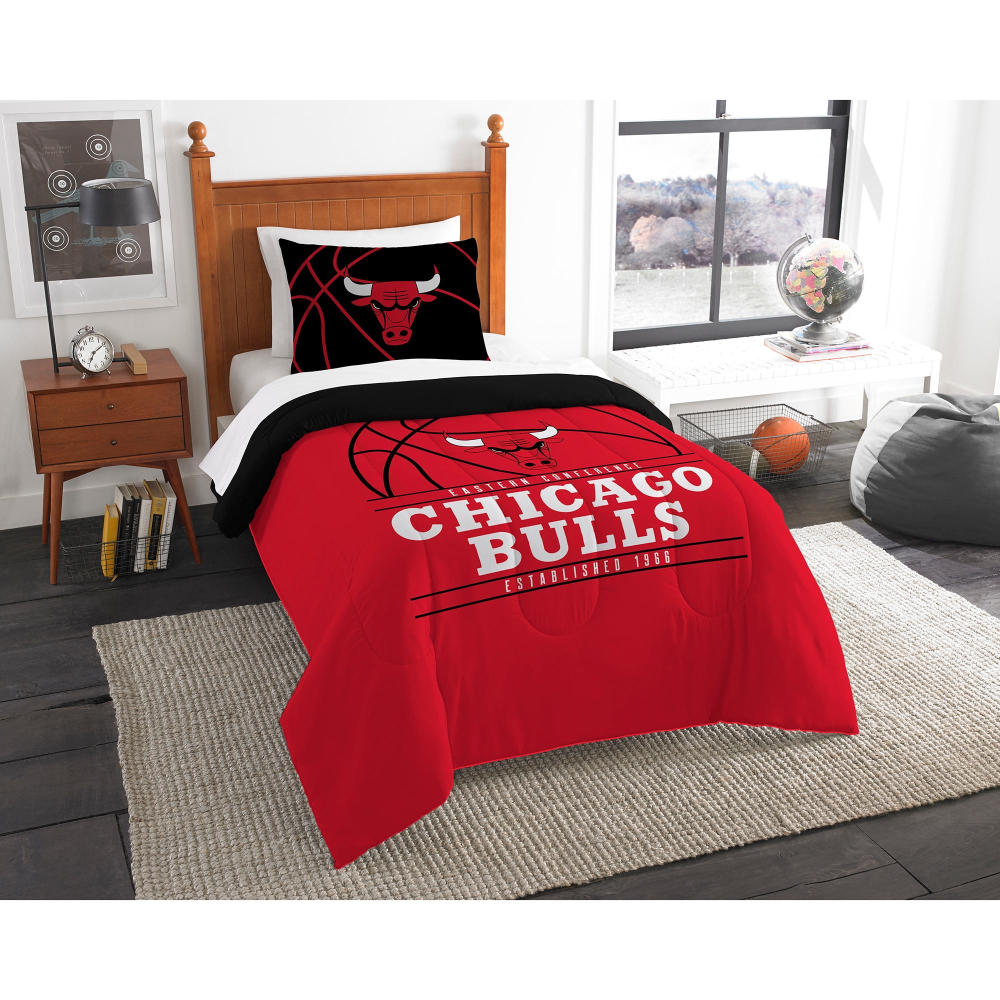 Chicago Bulls The Northwest Company Reverse Slam Twin Comforter Set