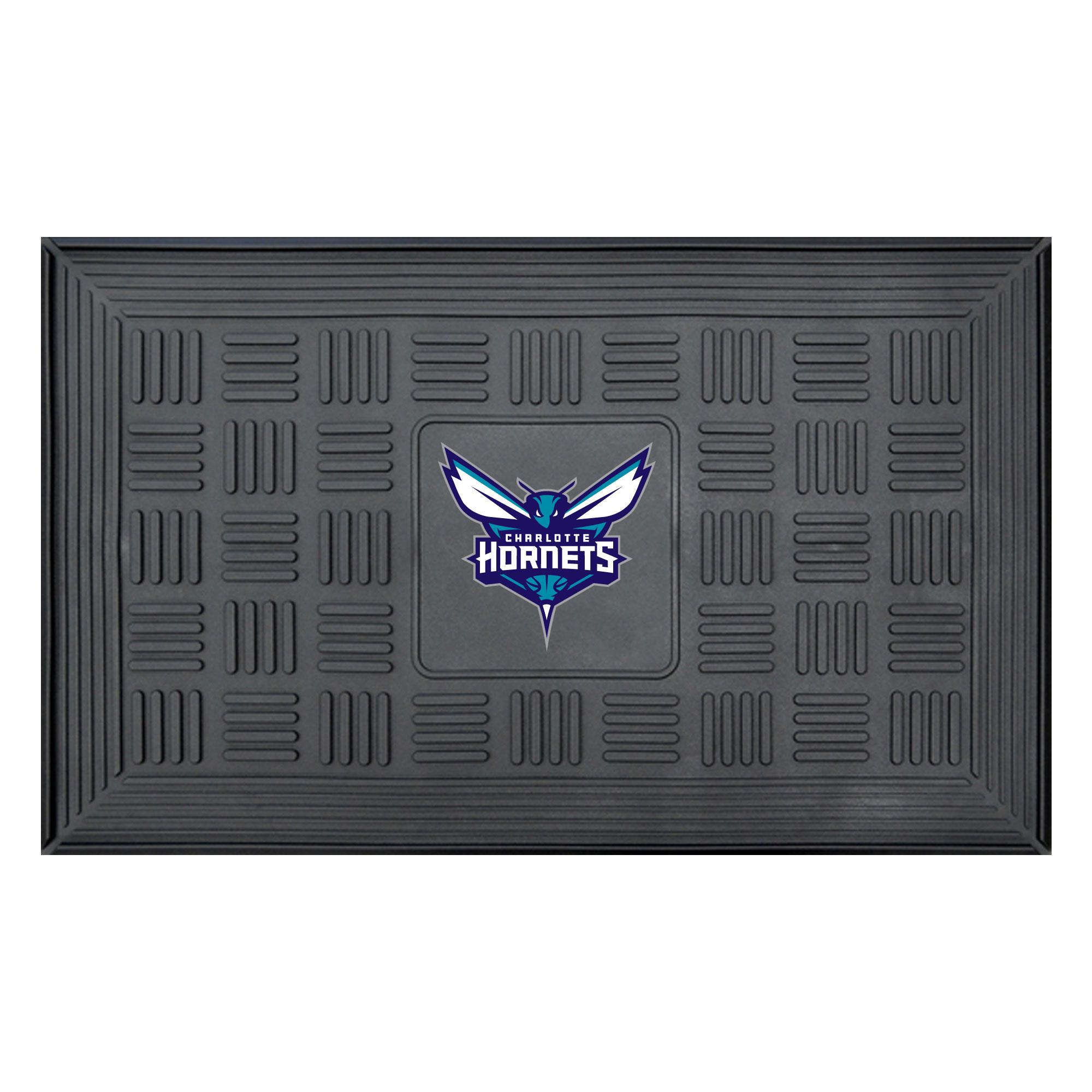 """Charlotte Hornets 19.5"""" x 31.25"""" Medallion Door Mat"""