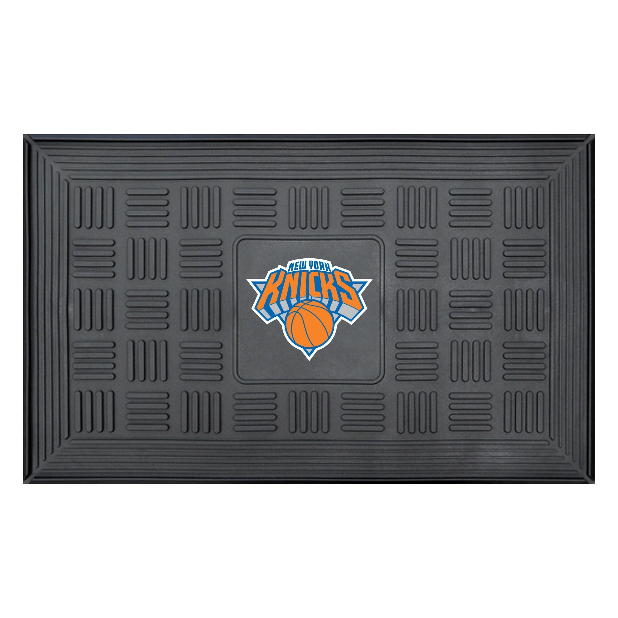 """New York Knicks 19"""" x 30"""" Vinyl Medallion Door Mat - Black"""