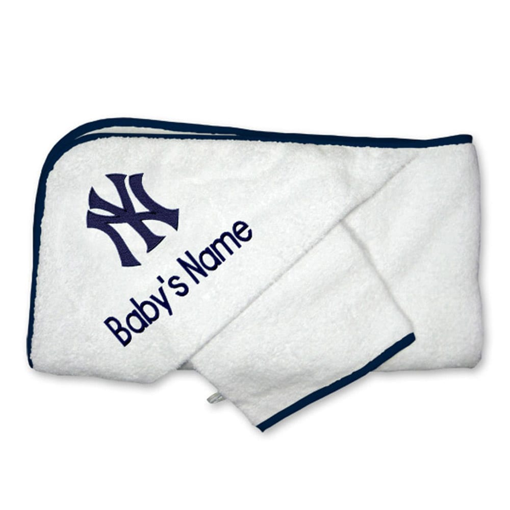 New York Yankees Infant Personalized Hooded Towel & Mitt Set - White