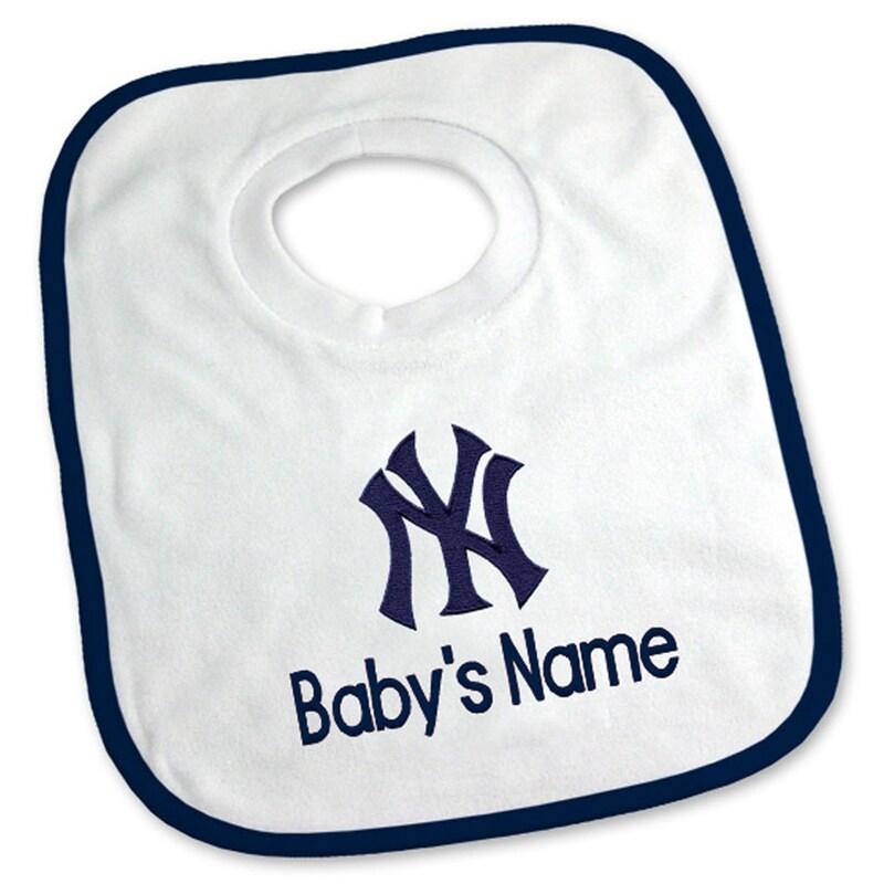 New York Yankees Newborn & Infant Personalized Bib - White