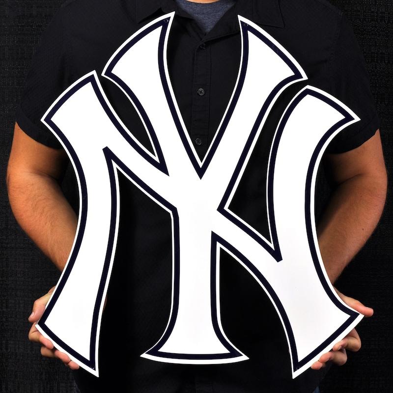 New York Yankees 22.5'' x 21'' Steel Logo Sign