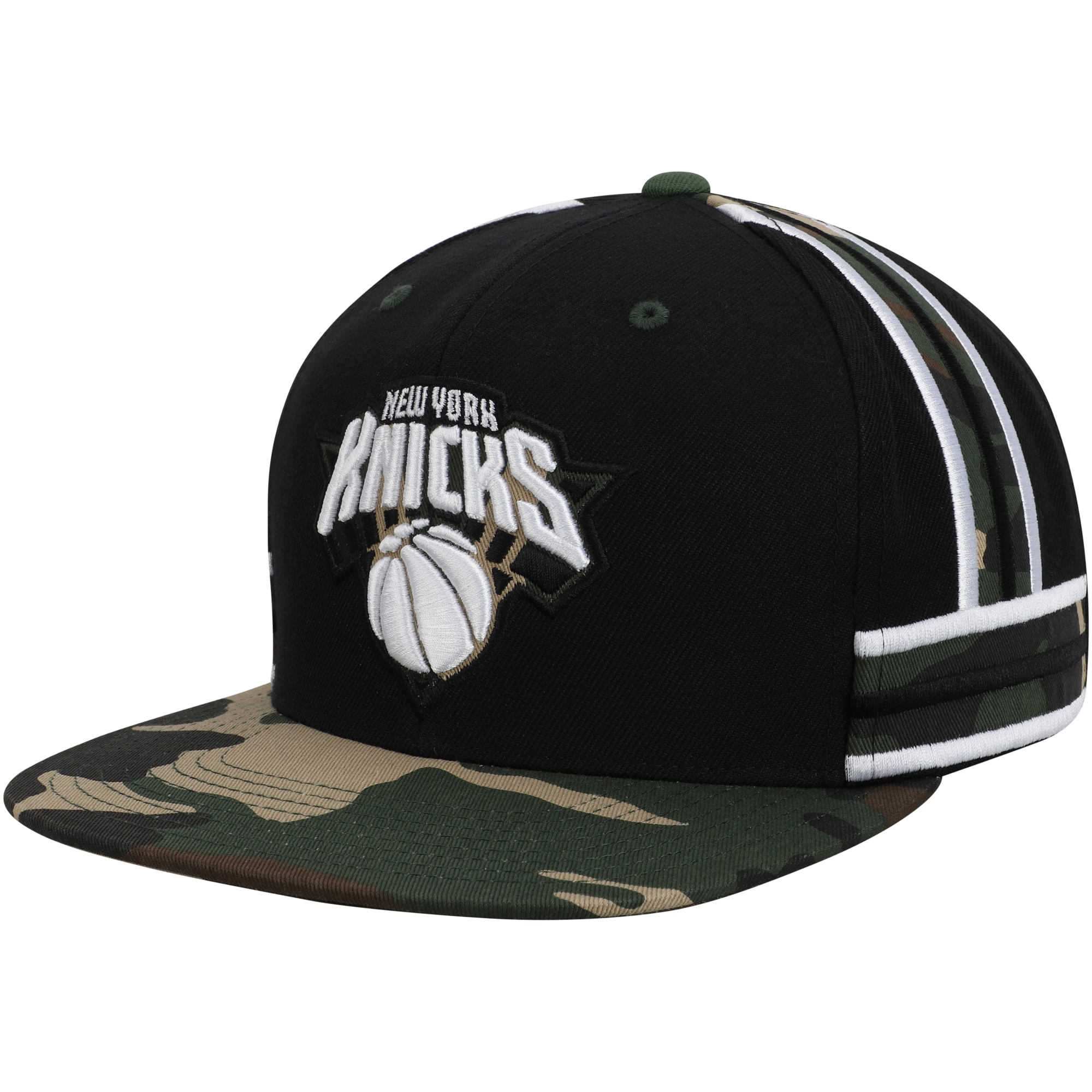 New York Knicks Mitchell & Ness Straight Camo Snapback Hat - Black