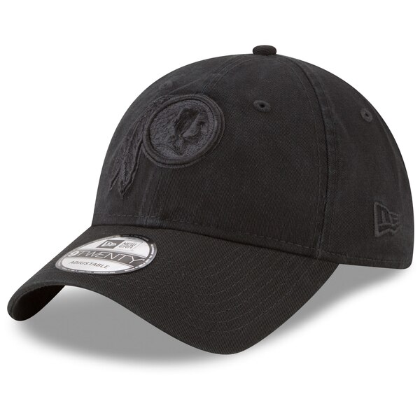 Washington Redskins New Era Black on Black Core Classic 9TWENTY Adjustable Hat